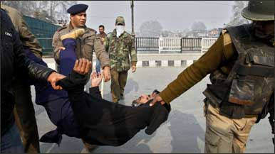 police_torture_kashmir