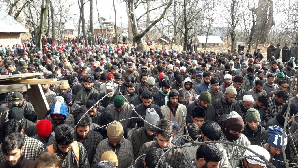 Thousands attend funeral of boy in Shopian, Kashmir